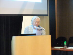 香港会議にて発表する武石氏